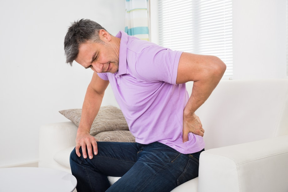 WHAT-YOU-NEED-TO-KNOW-ABOUT-BACK-PAIN-IN-MEN-FEATURE-.jpg